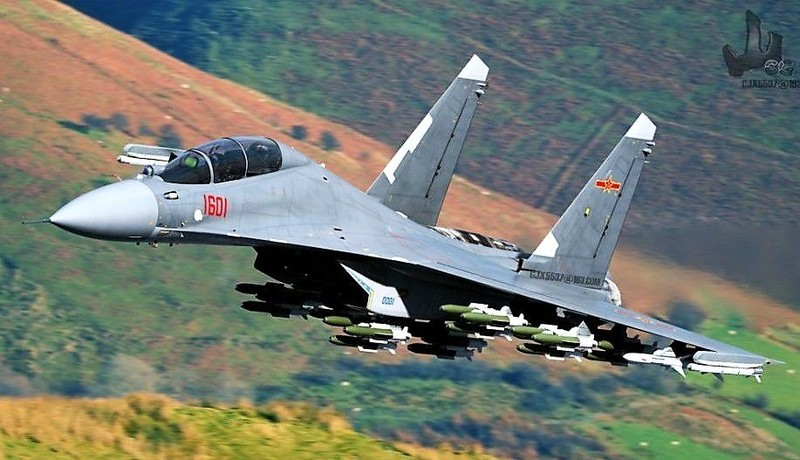 Khong dong nhu J-7, nhung J-16 moi la chu luc cua Khong quan TQ-Hinh-10