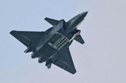 Khong dong nhu J-7, nhung J-16 moi la chu luc cua Khong quan TQ-Hinh-15