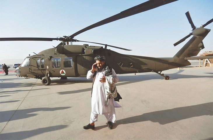 Truyen thong My: Khong quan Afghanistan dang ben bo vuc sup do-Hinh-13