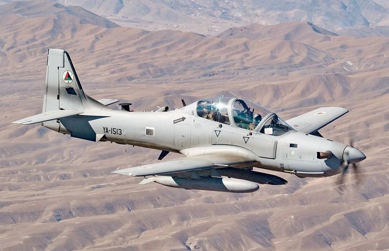 Truyen thong My: Khong quan Afghanistan dang ben bo vuc sup do-Hinh-5