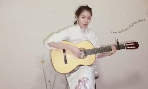 """Gai xinh cover """"Chac ai do se ve"""" tieng Nhat gay sot"""