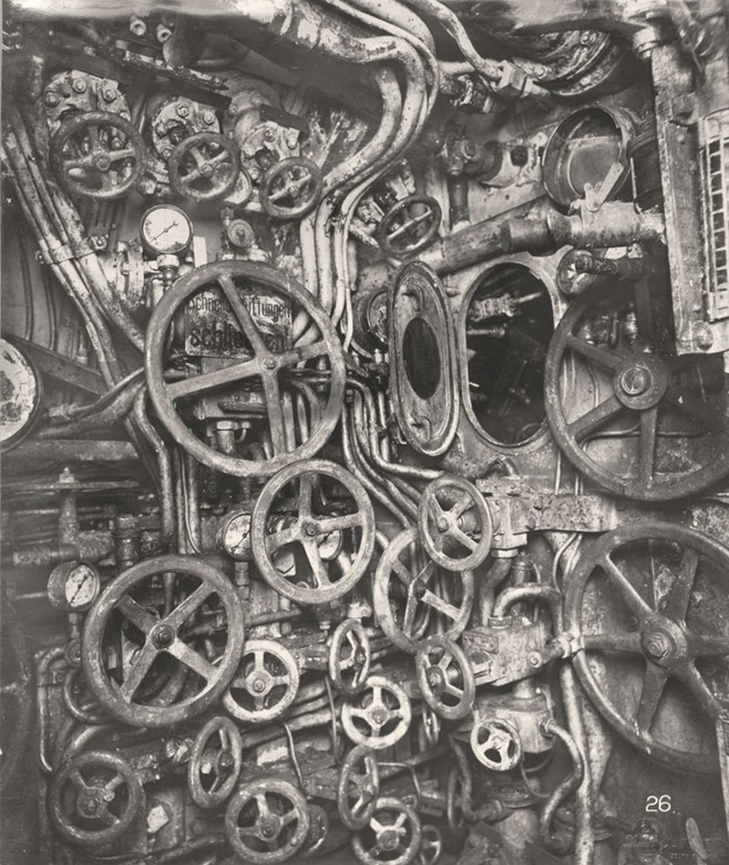 Tan mat ben trong tau ngam U-boat Duc thoi CTTG 1-Hinh-2