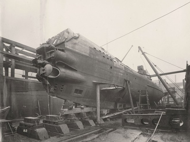 Tan mat ben trong tau ngam U-boat Duc thoi CTTG 1