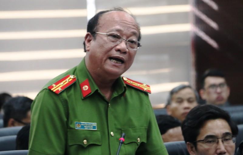 Vu ca gia dinh ngo doc o Da Nang: Giam dinh thuoc diet con trung