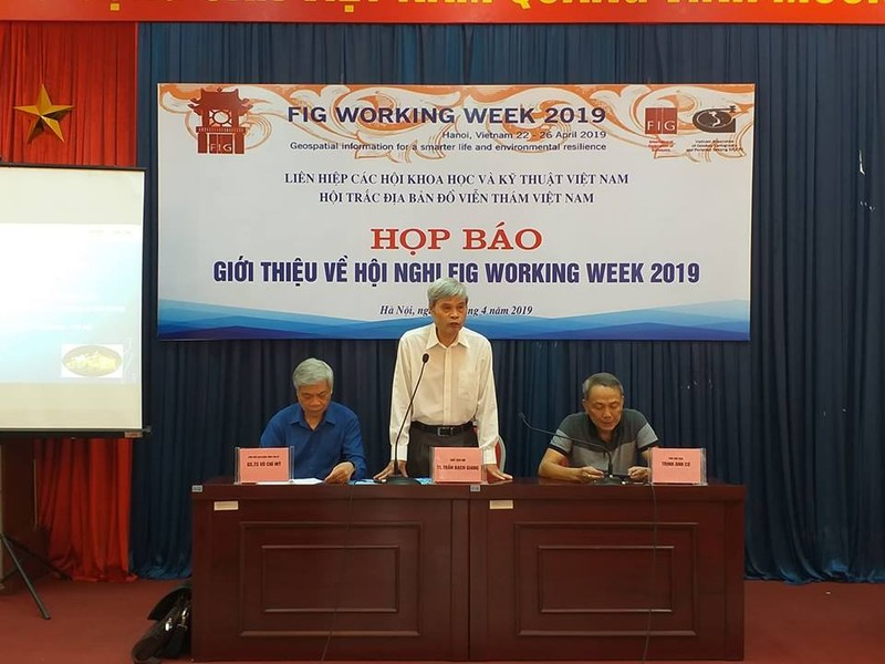 VGCR to chuc hop bao ve Hoi nghi FIG Working Week 2019