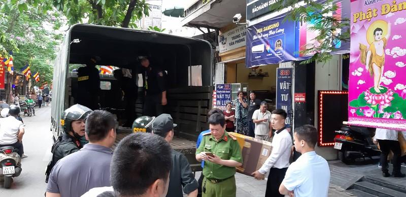 Cac kenh truyen thong cua Nhat Cuong Mobile dong loat dong cua-Hinh-3
