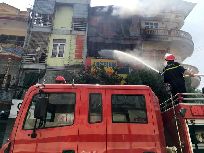 Thanh Hoa: Chay lon tai cua hang kinh doanh gas