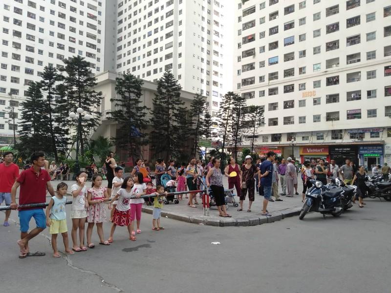 Vu no khien nhieu nguoi bi thuong o Linh Dam la do tu thu ca nhan-Hinh-2