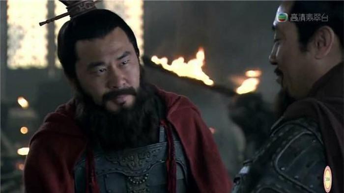 Tam quoc dien nghia: Vi quan su tai ba tung khuyen Tao Thao giet Luu Bi-Hinh-3