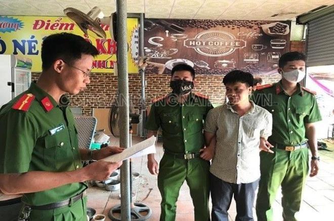 """Dia ban, tien khung/thang tieu thuong nop cho vo chong Loan """"ca"""""""