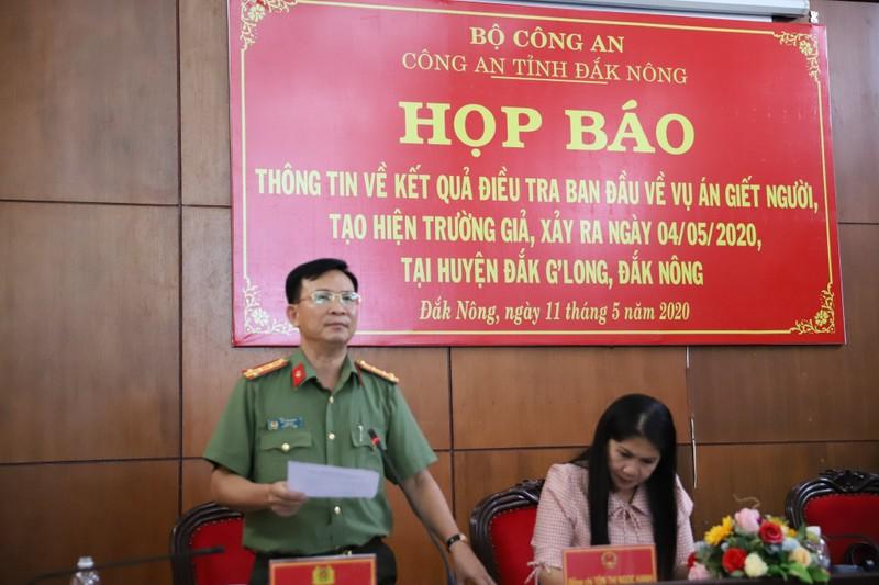 Bi thu xa giet chau vo, dot xac phi tang: De lay tien bao hiem-Hinh-2