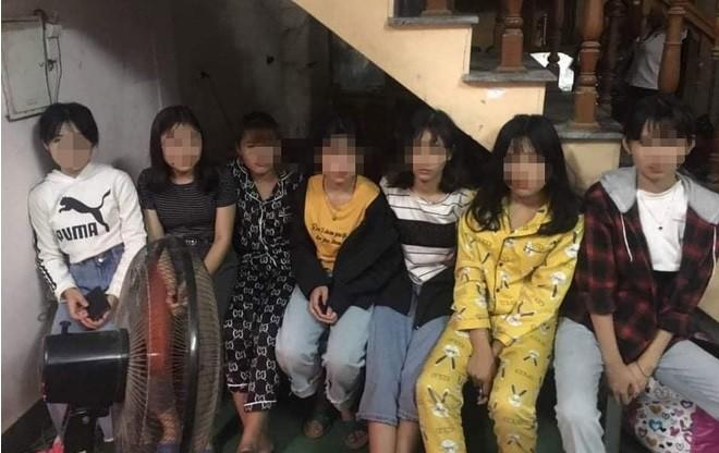 Tu ong nao nhot 7 thieu nu o karaoke Thanh Hoa dinh ban...?