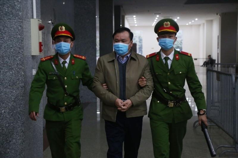 Hoan phien toa xet xu Dinh La Thang, Trinh Xuan Thanh-Hinh-5