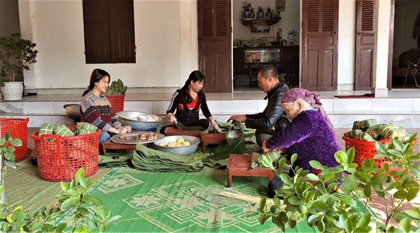 Tet o lang banh chung noi tieng Phu Tho-Hinh-3