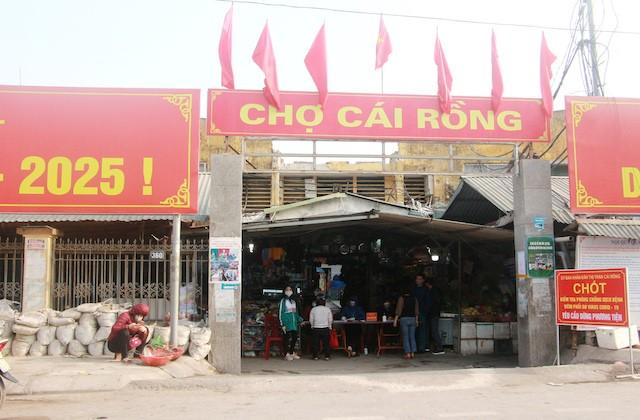 Tu 30/1, phong toa thi tran Cai Rong, gian cach xa hoi huyen Van Don-Hinh-3