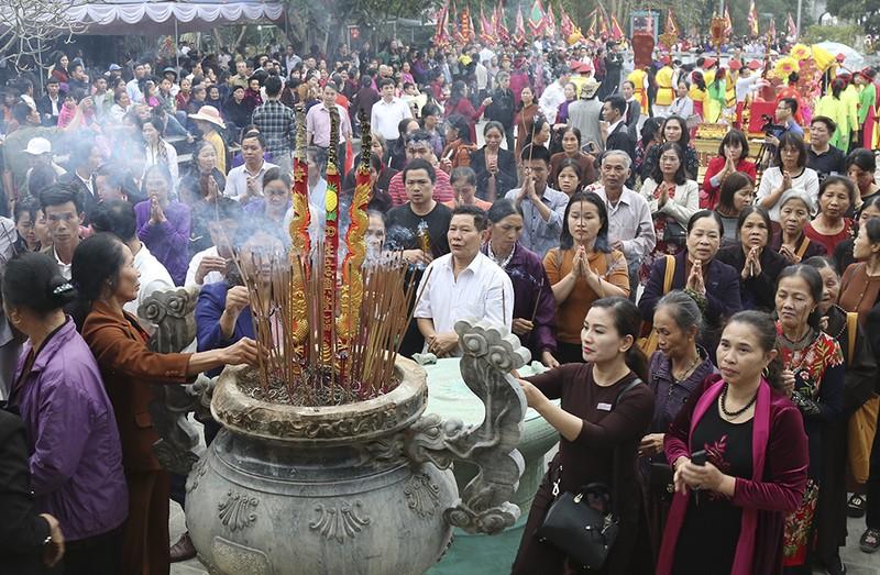 Den Mau Au Co: Noi tim ve nguon coi cua muon dan dat Viet-Hinh-2