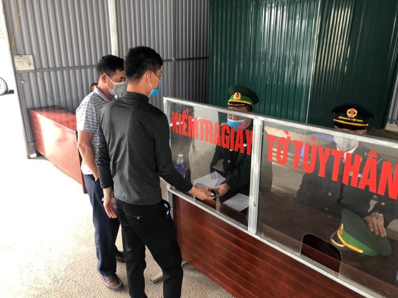 Tet bien gioi khong tieng phao-Hinh-2
