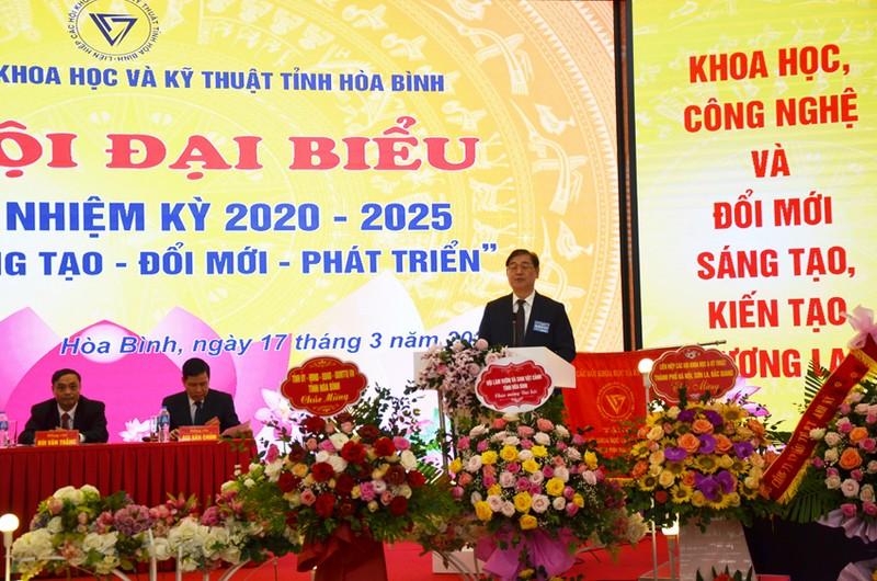Dong chi Bui Van Thang duoc bau lam Chu tich Lien hiep Hoi o Hoa Binh-Hinh-3