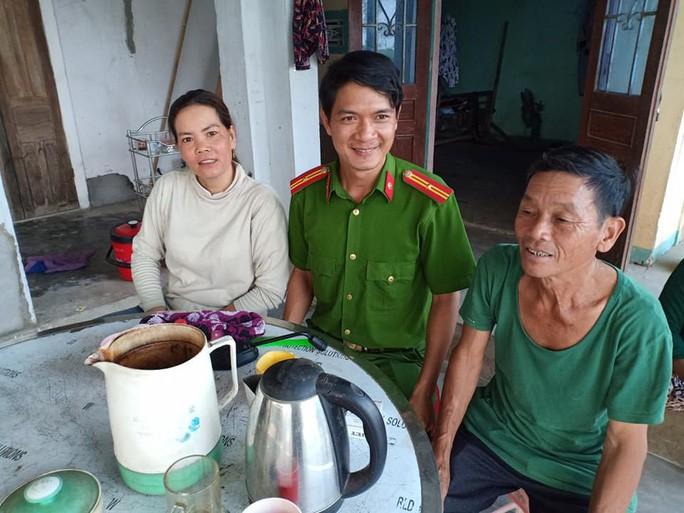 Lao nong Quang Ngai nhat 60 trieu dong tra lai nguoi mat
