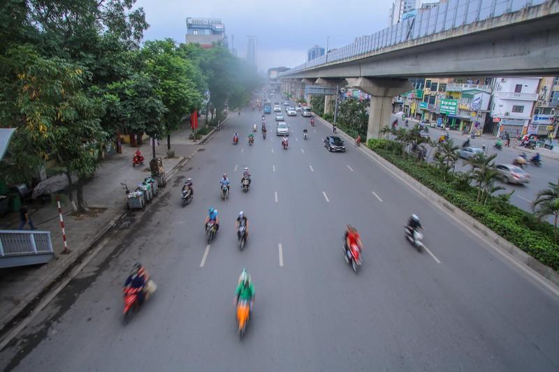 Pho phuong Ha Noi khac la trong ngay Gio to Hung Vuong-Hinh-5
