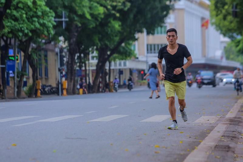 Pho phuong Ha Noi khac la trong ngay Gio to Hung Vuong-Hinh-8