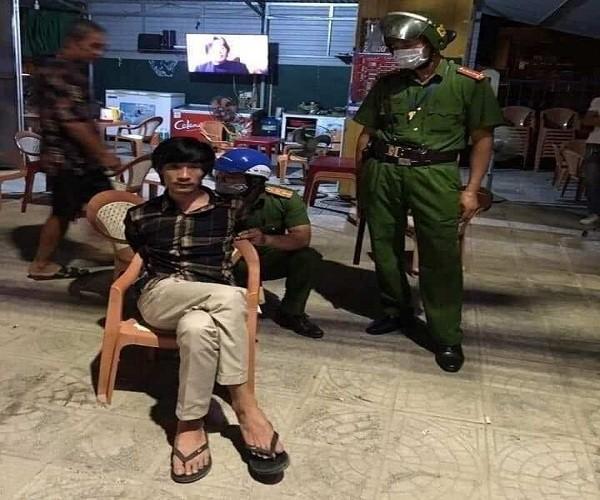 Con trai bi tam than chem me tu vong ngay tai nha o Quang Binh-Hinh-2