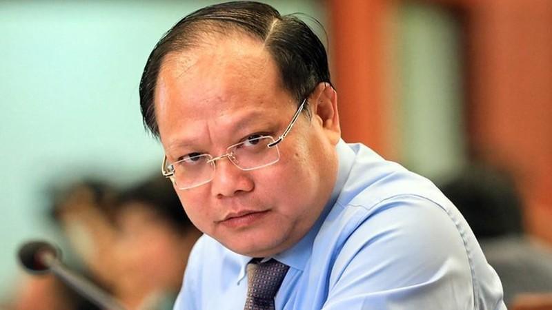 Ong Tat Thanh Cang sap hau toa vu ban re co phan SADECO