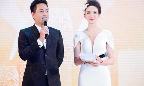 Nghe si Viet len tieng viec VTV dau to MC Phan Anh