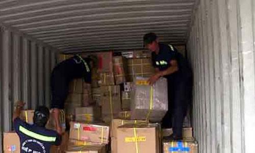 Vu 213 container boc hoi: Lo dien chieu buon lau cuc khung-Hinh-2