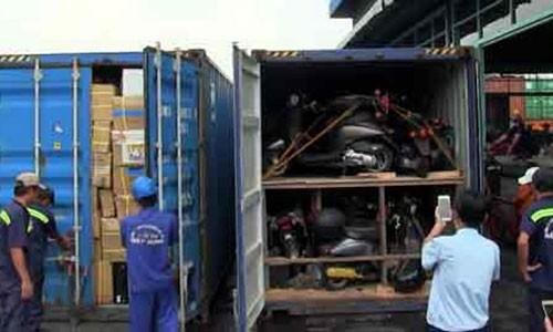 Vu 213 container boc hoi: Lo dien chieu buon lau cuc khung