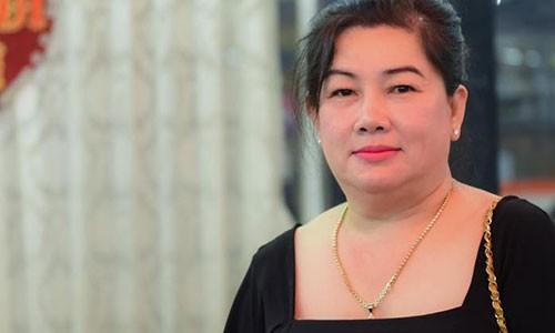Ba Dung Binh Duong khuyen Cat Phuong dung khoc gia tao-Hinh-3
