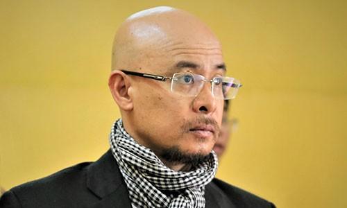 Vo chong 'vua' ca phe Trung Nguyen tiep tuc ra toa ly hon