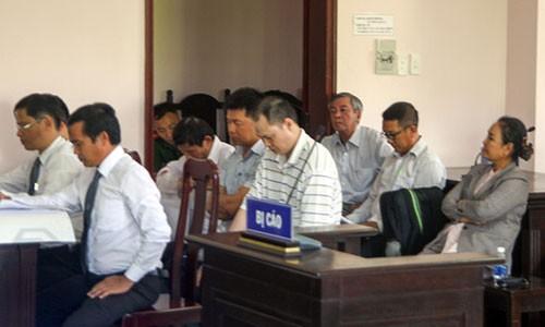 6 bi cao gay that thoat hon 200 ti dong tai Cong ty Luong thuc Hau Giang