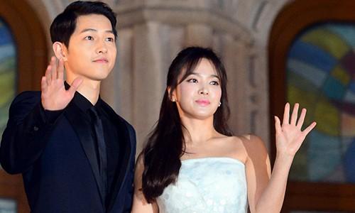 Song Joong Ki bi nghi ngoai tinh voi ai giua tin don ly hon?