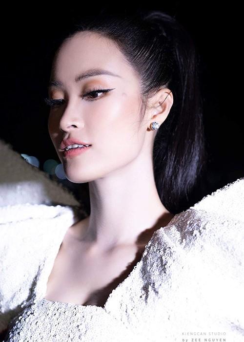 Huyen My, Hoang Bach buc boi truoc loi da tho bao cua Thai Lan-Hinh-6