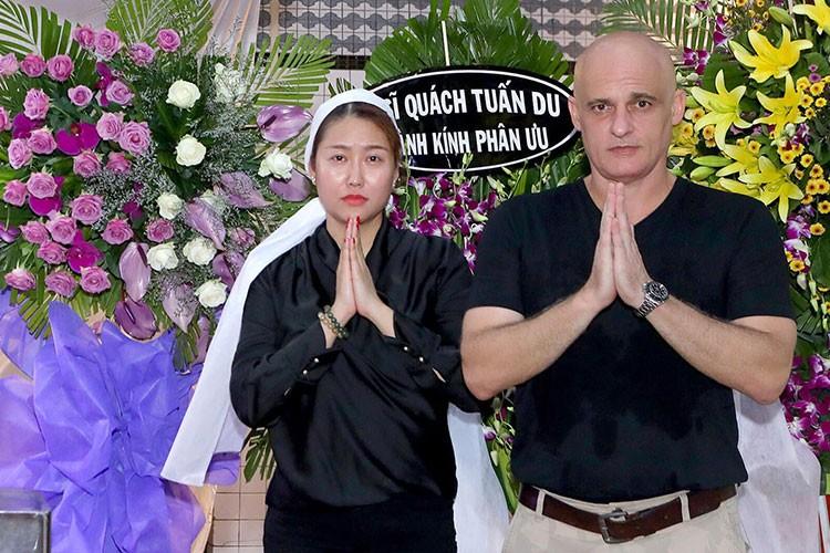 Bat ngo moi quan he giua Phi Thanh Van va chong cu nguoi Phap-Hinh-8