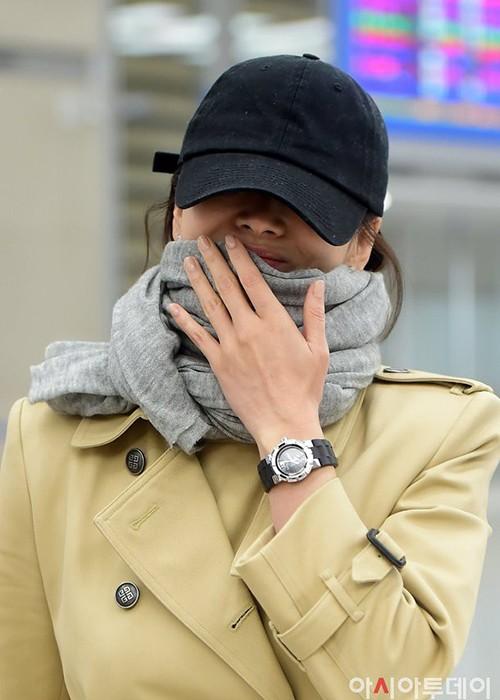 Song Hye Kyo khoc nhieu, sut can khi hon nhan ran nut-Hinh-3