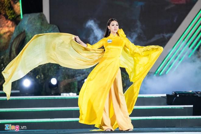Luong Thuy Linh dang quang Miss World Viet Nam 2019-Hinh-4