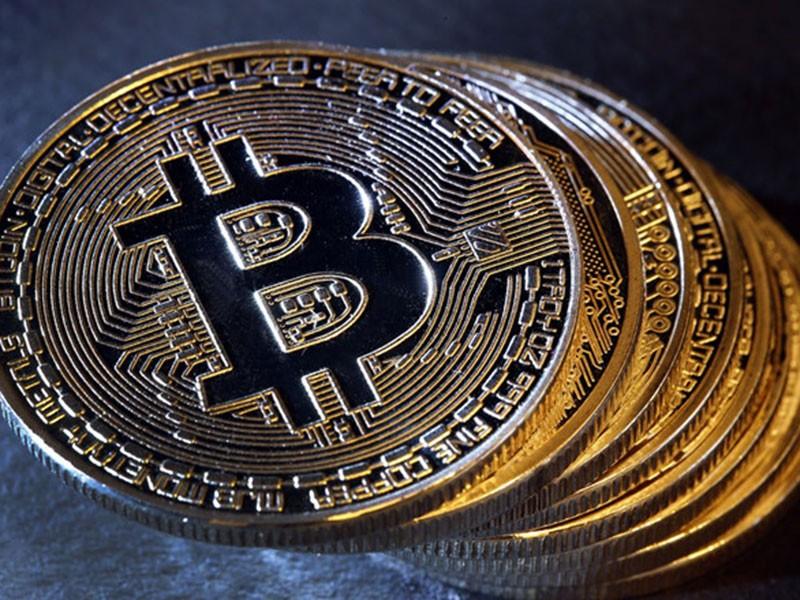 Gia Bitcoin duoc du doan xuong 'thap nhat moi thoi dai' con 7.900 USD