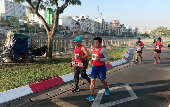 Sau khi thoi viec, ong Doan Ngoc Hai chay marathon va doat huy chuong-Hinh-2