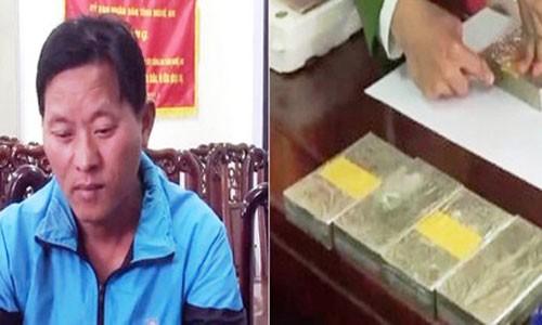 Tranh thu dip Tet, mang 5 banh heroin tu Lao ve que ban kiem loi