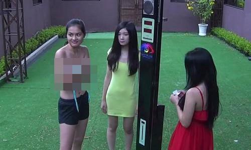 """""""Tri khon ta day"""" dat cau hoi dung tuc, nhay cam: Vo so gameshow te hai?-Hinh-6"""