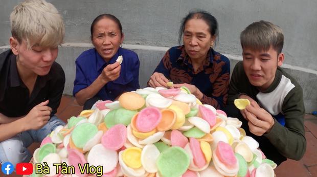 Ba Tan Vlog khoe lam nia phong tom 7 mau sieu to, nguoi xem chi ra ngay dieu la-Hinh-2
