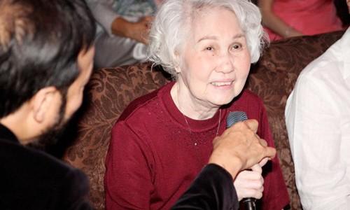 Gia dinh khong to chuc le vieng danh ca Thai Thanh vi Covid-19