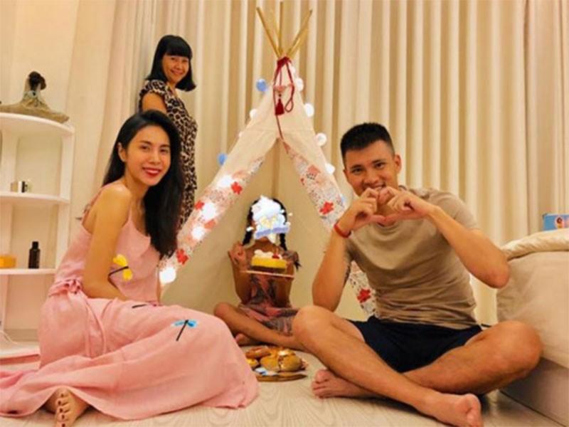 Con gai Cuong Do la - Dam Thu Trang: Dan baby Vbiz sinh ra o... vach dich-Hinh-10