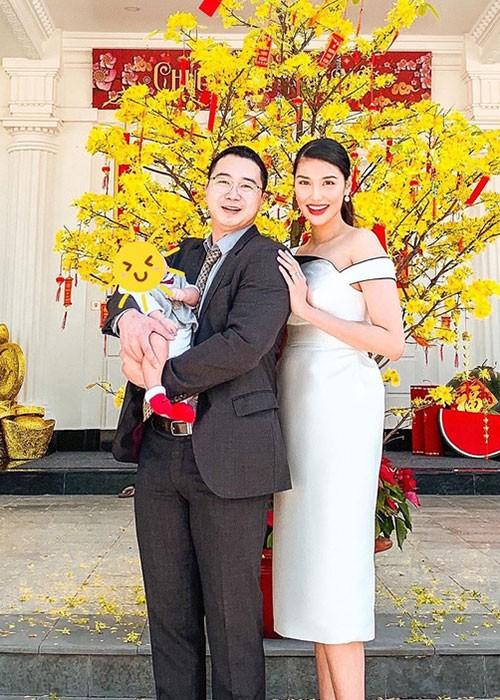 Con gai Cuong Do la - Dam Thu Trang: Dan baby Vbiz sinh ra o... vach dich-Hinh-11