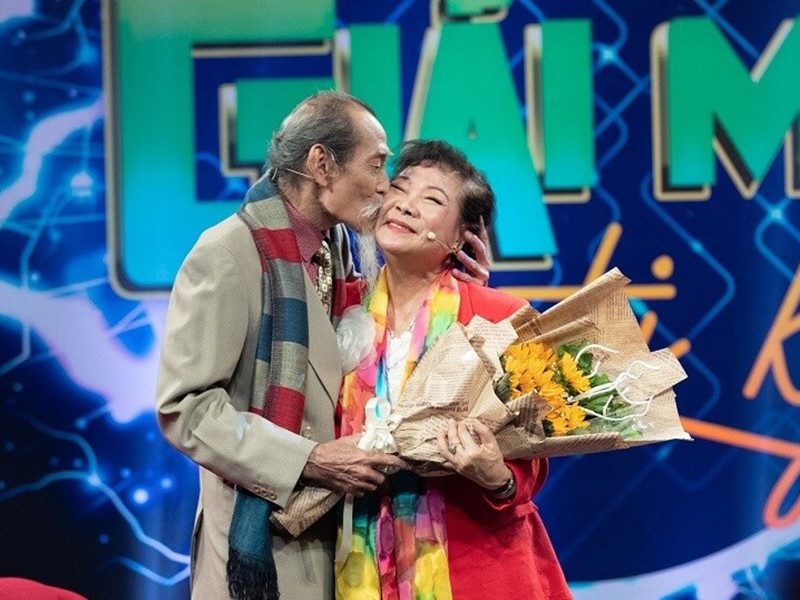"Hon nhan nua thap ky cua nghe si Manh Dung ""Dat phuong Nam""-Hinh-8"