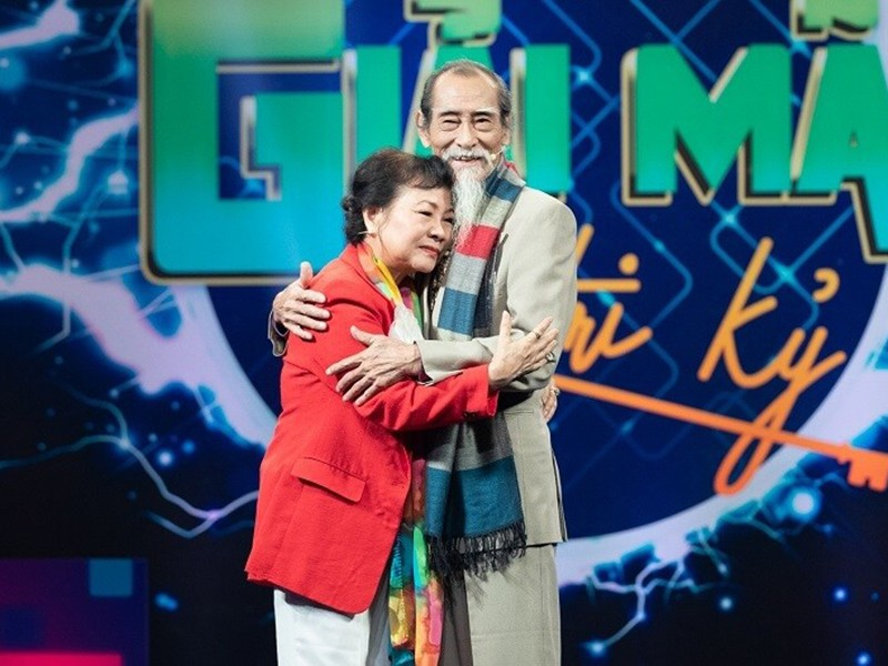 "Hon nhan nua thap ky cua nghe si Manh Dung ""Dat phuong Nam""-Hinh-9"