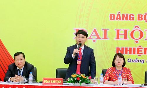 Ong Ha Hoang Viet Phuong giu chuc Pho Bi thu Thanh uy Quang Ngai