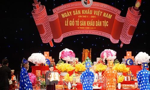 Giai thoai ly ky ve ong To nghe san khau-Hinh-2
